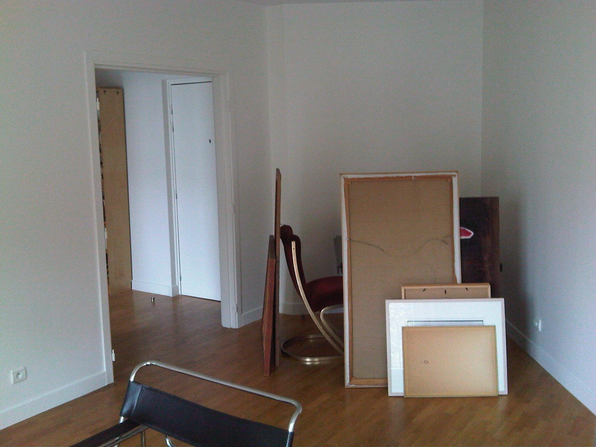 Renovation peinture maison appartement boutique peintre et for Appartement maison